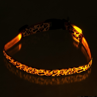 ПетЛайн Ошейник светящийся «Леопард», нейлон, в ассортименте, PetLine
