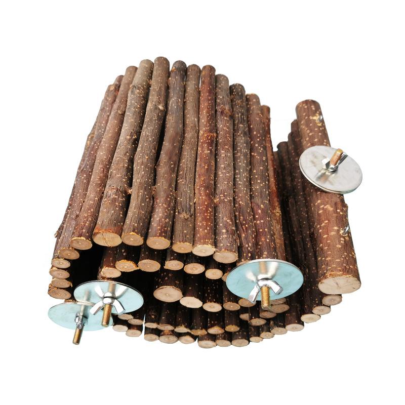 Деревянная гибкая лесенка для грызунов, в ассортименте, толщина веточек 7-15 мм