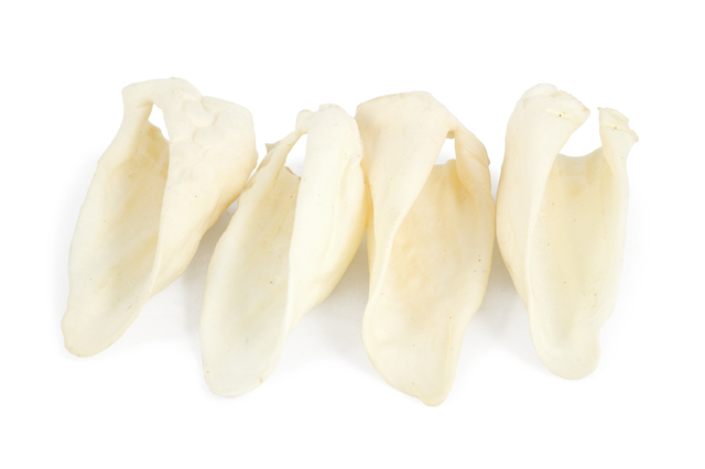 Титбит Уши бараньи натуральные сушеные, 3-4 уха в упаковке, TiTBiT